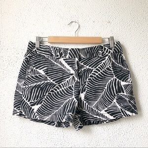 Ann Taylor LOFT | Black & White Leaf Print Shorts